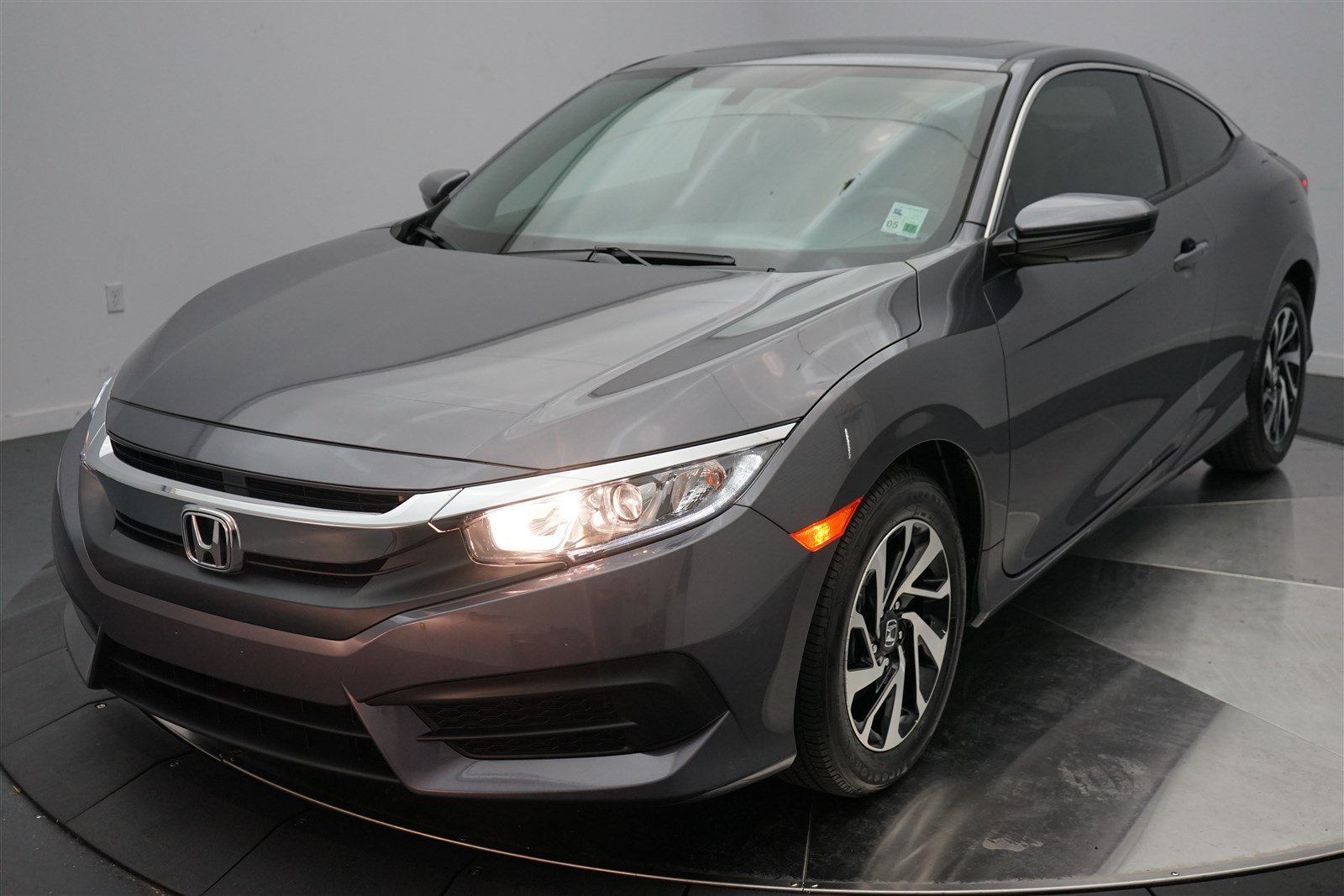 certified pre owned 2016 honda civic coupe lx p 2dr car in shreveport 4194a holmes honda. Black Bedroom Furniture Sets. Home Design Ideas